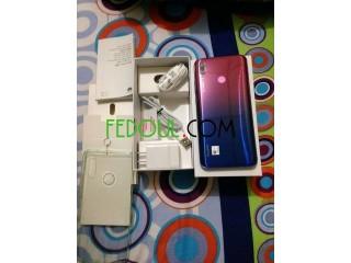 Portable huawei y9 2019 64gb a vendre