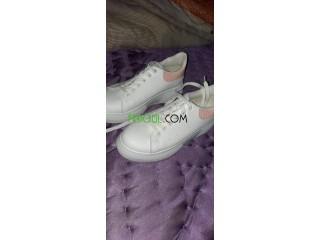Adidas blanche neuf