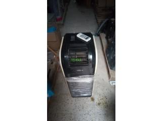Climatiseur mobile 12000 btu très Bon état avec télécommande 28000 négociable.