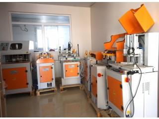 Atelier de menuiserie PVC/ALUMINIUM