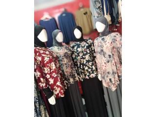 Hijabs et robes pour femmes