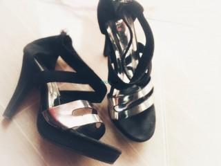 Sandales noir pointure 37