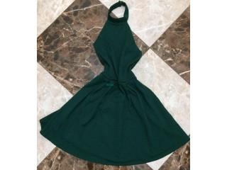 Très belles robes jamais portées avec leurs étiquettes