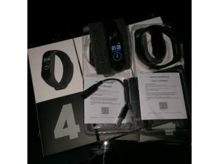 M4 intelligent Bracelet Fitness Tracker Montre Sport Fréquence cardiaque Pression artérielle Smartwa