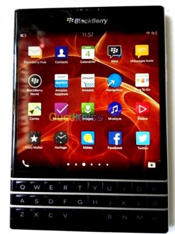 blackberry-passport-big-0