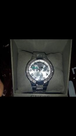 une-montre-luxe-pour-femme-brandguess-big-0