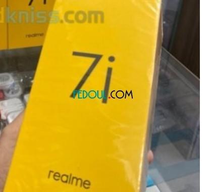 realme-7i-464-big-0