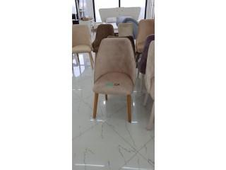 Des chaises