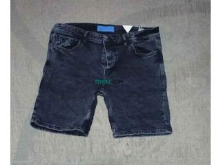 Vente des shorts d'été