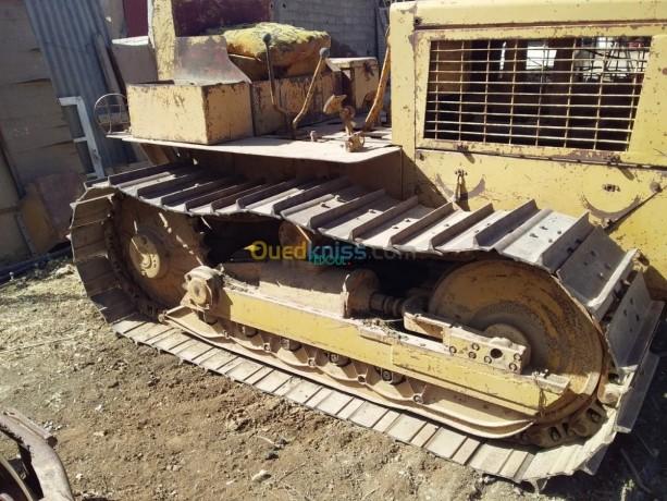 tracteur-sur-chenille-tg50-big-1