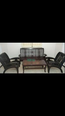 fauteuil-de-5-place-et-table-basse-de-malaisie-big-0