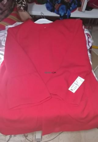 manteau-de-tres-bonne-qualite-de-couleur-rouge-big-2