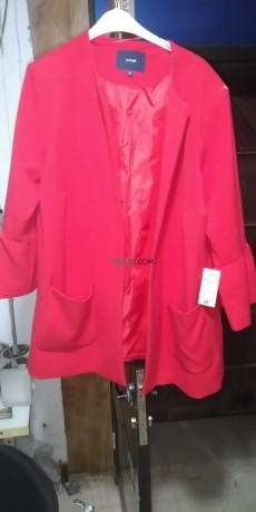 manteau-de-tres-bonne-qualite-de-couleur-rouge-big-0