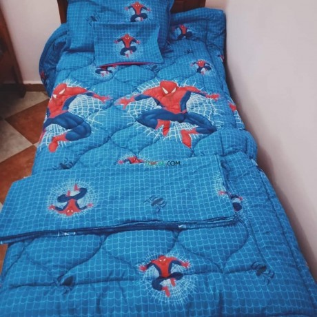 couette-hiver-spiders-man-big-0
