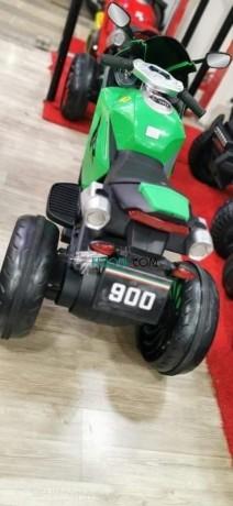 moto-yamaha-r1-batterie-12v-big-2