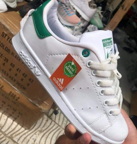 adidas-stan-smith-big-0