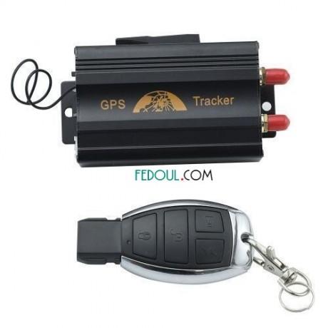 gps-tracker-tk103-pour-securiser-votre-voiture-moto-camion-noir-004-big-2