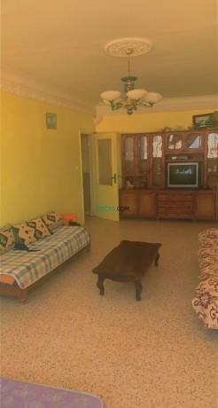 appartement-f3-7eme-etage-cite-400-logements-big-1