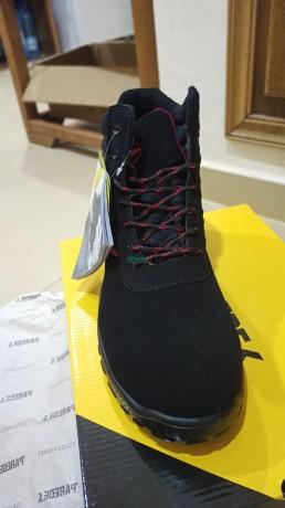 chaussures-de-securite-big-0