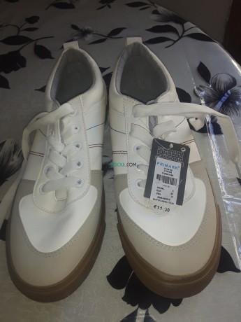 vente-de-chaussures-pour-femmes-big-0
