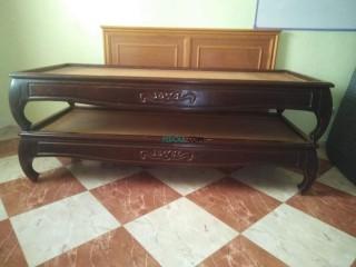 ديمو +بيع سريرين+سرير كبير+طاولة حاسوب+ماطلة كبيرة +تلفاز