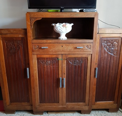 armoire-antiquite-decoratif-bois-chaine-beau-modele-big-0
