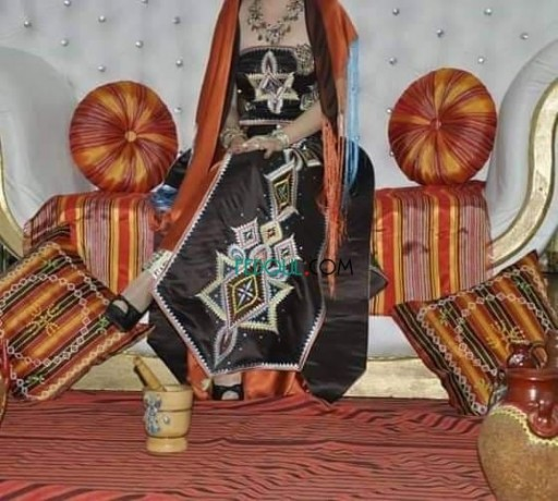 vente-tessdira-karakou-robe-soiree-badrone-robe-kabyle-big-5