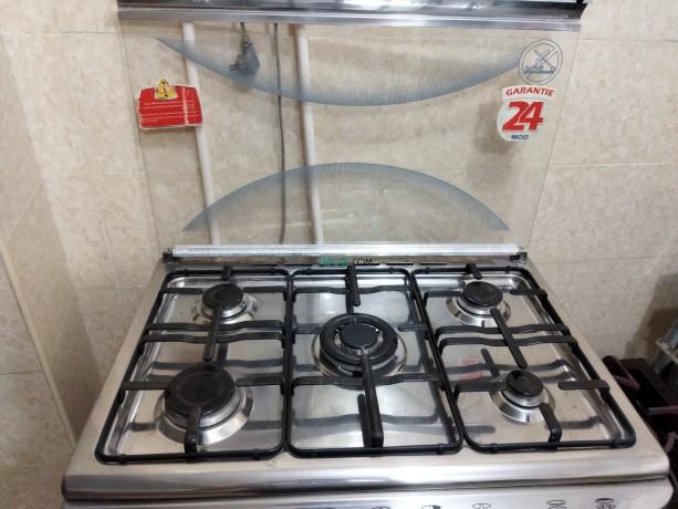 cuisiniere-geant-5-feux-big-1
