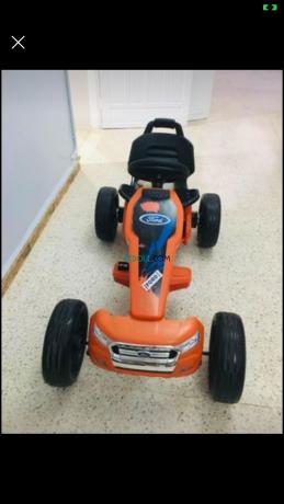 voiture-electrique-pour-enfants-big-1
