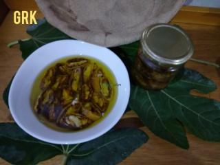 Figues séchées baignées dans de l'huile d'olive