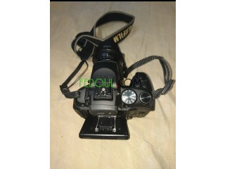 Appareil photo Fujifilm hs30exr objectif 24_720 mm zoom×30 16mgpx video full HD