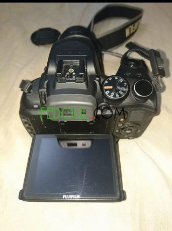 appareil-photo-fujifilm-hs30exr-objectif-24-720-mm-zoom30-16mgpx-video-full-hd-big-1