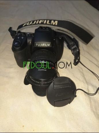 appareil-photo-fujifilm-hs30exr-objectif-24-720-mm-zoom30-16mgpx-video-full-hd-big-2