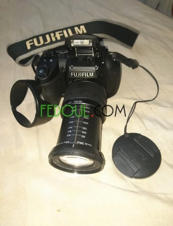 appareil-photo-fujifilm-hs30exr-objectif-24-720-mm-zoom30-16mgpx-video-full-hd-big-0