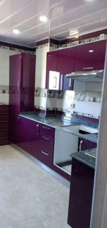 cuisine-equipee-et-salle-de-bain-moderne-big-6