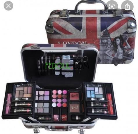 boite-maquillage-3rosa-big-0