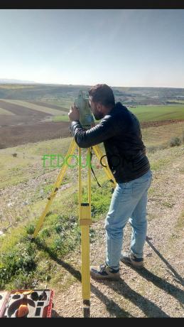 topographie-cherche-un-travail-big-0