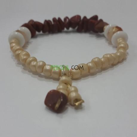 bracelets-en-pierres-semi-precieuses-prix-reduits-big-0