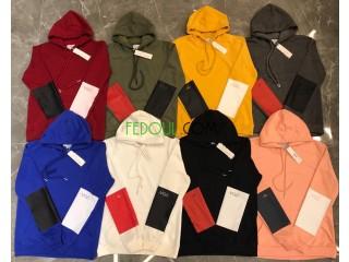 Des pules a capuche et vestes a capuche (sweatshirt) pour les commerçants seulement