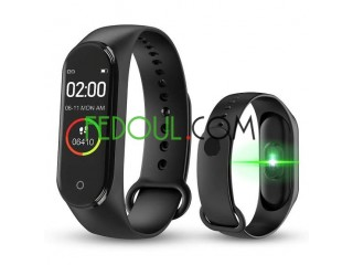 الساعة الذكية smart bracelet M4