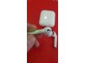 airpods-v2-recharge-sans-fil-sous-plastique-small-6