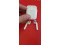 airpods-v2-recharge-sans-fil-sous-plastique-small-2