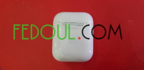 airpods-v2-recharge-sans-fil-sous-plastique-big-8