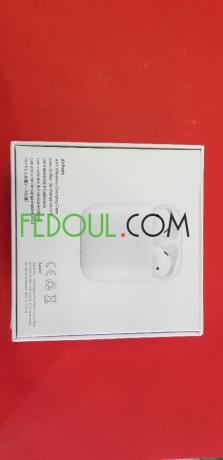 airpods-v2-recharge-sans-fil-sous-plastique-big-9
