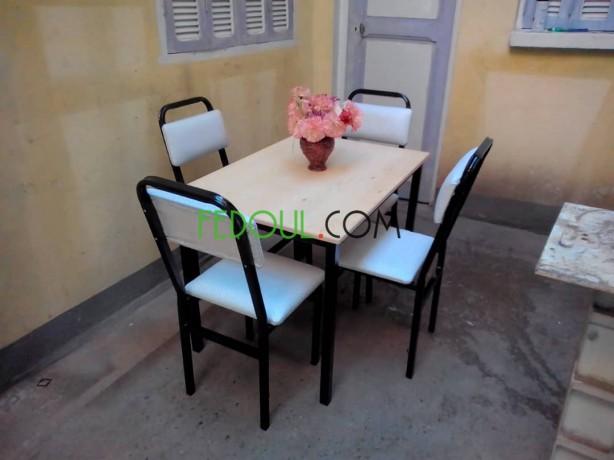tables-et-chaises-big-0