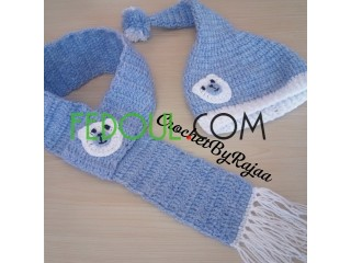 Bonnet et écharpe pour enfants.