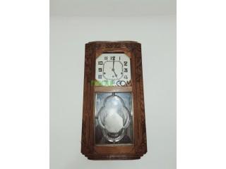 Horloge mural antiquité