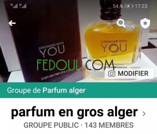 parfum-gros-et-detail-big-0