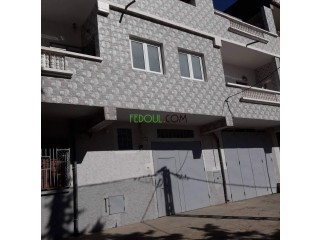 Villa 300 M2 une seul facade a tiaret