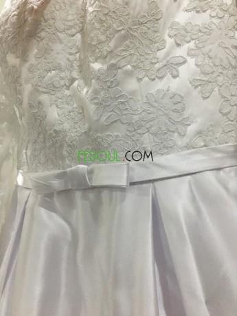 robe-blanche-a-vendre-big-0
